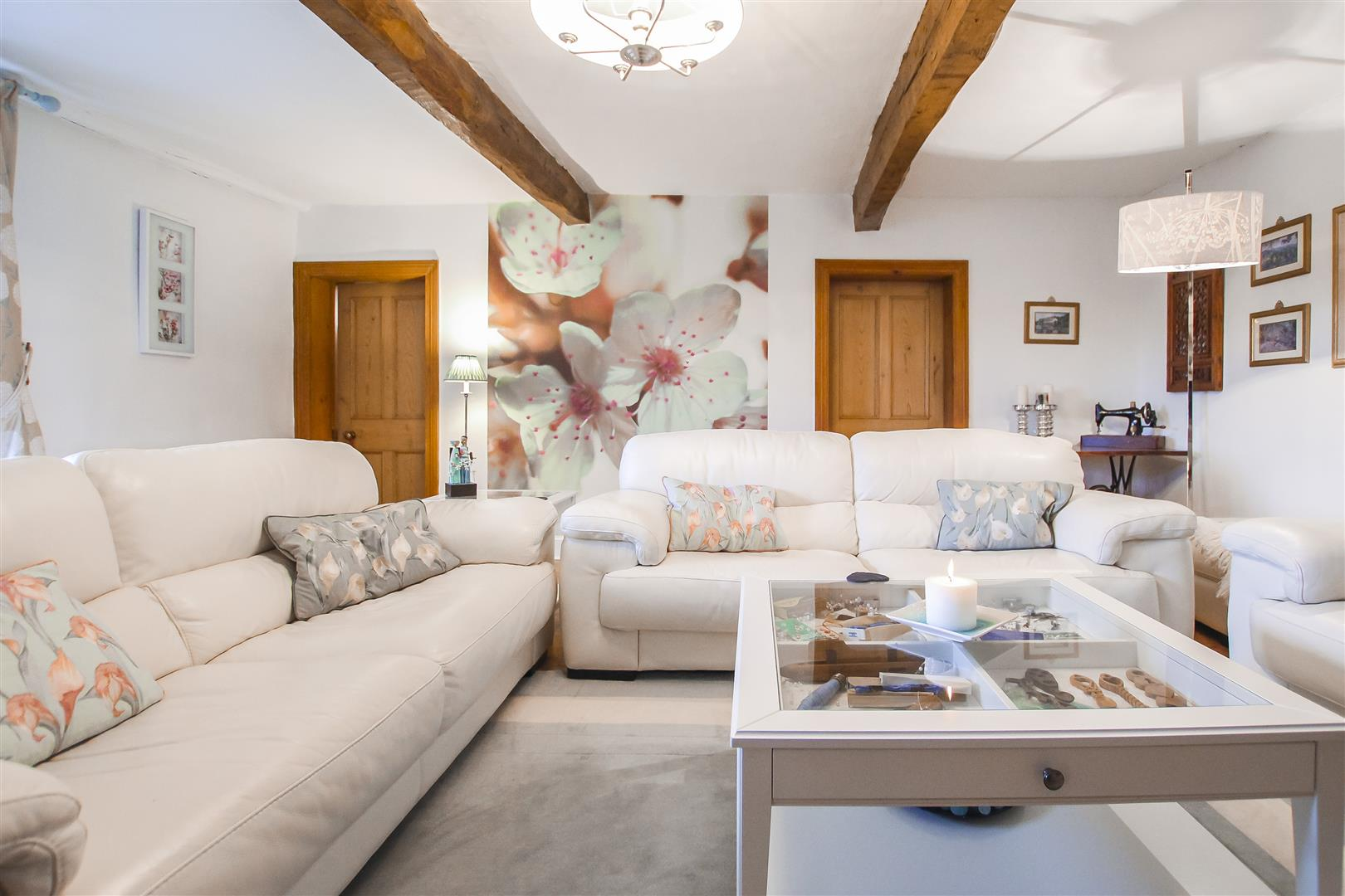 4 Bedroom House For Sale - Reception Room